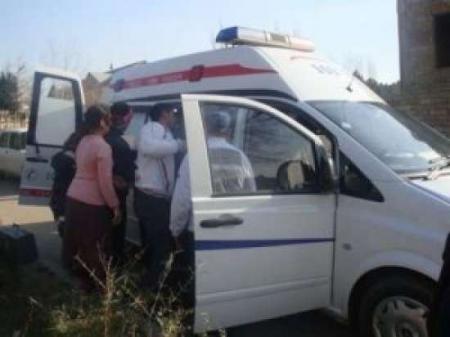 Qaxda qonşular arasında dava: yaşlı qadın xəstəxanaya düşdü