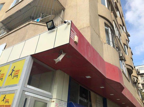 """""""Araz"""" Supermarketlər şəbəkəsi yeni filialını açmaq üçün rüşvət verir - FAKT"""