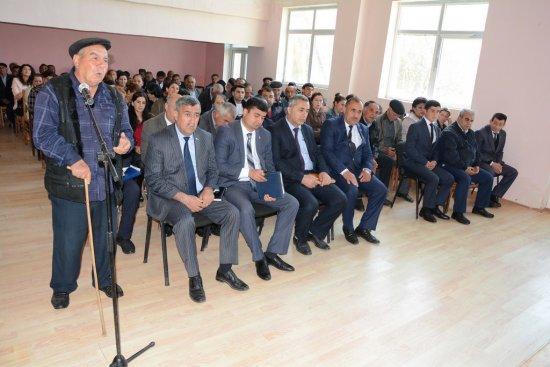 Sarov kəndində səyyar qəbul-görüş keçirildi